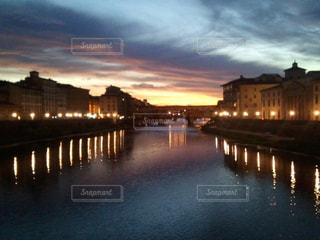 フィレンツェの夕暮れの写真・画像素材[1161551]