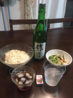 自宅での夕食の写真・画像素材[1160145]