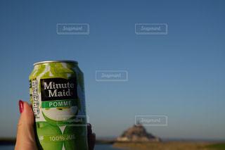 りんごジュースとモンサンミッシェルの写真・画像素材[1348695]