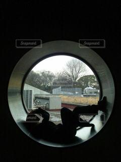 大きな鏡のビューの写真・画像素材[1168423]