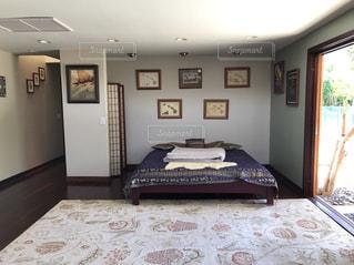 ベッドルームの写真・画像素材[1171187]