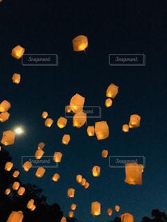 クローズ アップの光のの写真・画像素材[1556616]