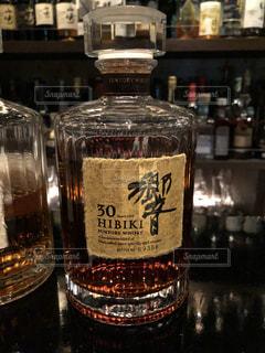 山崎30年のボトルの写真・画像素材[1167940]
