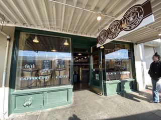 アメリカ シアトルのスターバックス1号店の写真・画像素材[2985588]
