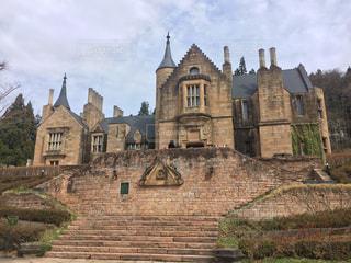 石造りの建物の上に城の写真・画像素材[1166798]