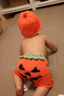 ハロウィンコスプレの赤ちゃんの写真・画像素材[1600295]