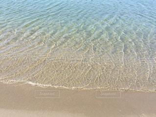 海の横にある砂浜のビーチの写真・画像素材[1339431]