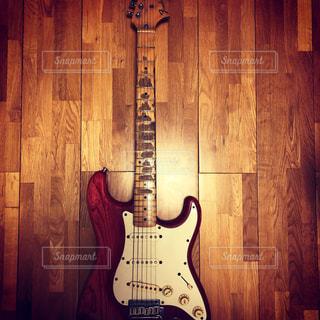 ギターの写真・画像素材[2872116]