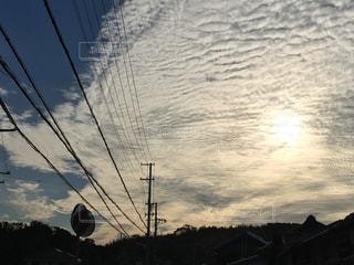 大きなうろこ雲の写真・画像素材[1507378]