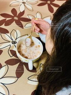 一人で朝食の写真・画像素材[1840024]