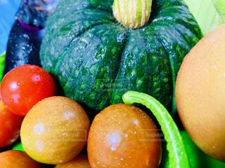 野菜の山の写真・画像素材[2260890]