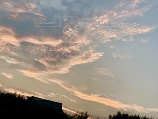 夕焼け空の写真・画像素材[2373561]
