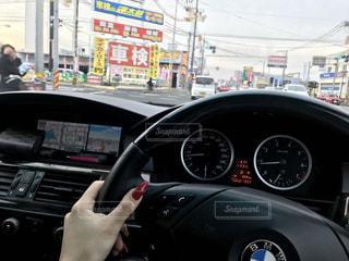 車の運転者の写真・画像素材[1171609]