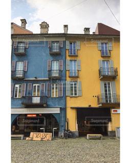 カラフルなアパートの写真・画像素材[1171650]