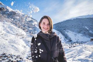 冬の雪景色を堪能中の写真・画像素材[1691967]