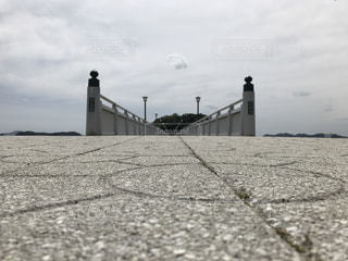 竹島に続く道の写真・画像素材[1172742]