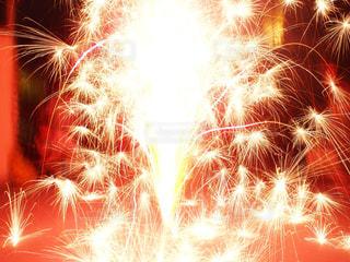 空に花火の写真・画像素材[1183368]