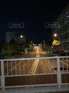 歩道橋から見える景色の写真・画像素材[1175346]
