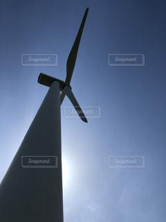 曇りの日に風車の写真・画像素材[1179138]
