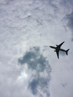 曇りの日に大きな機体上位空気での写真・画像素材[1282722]