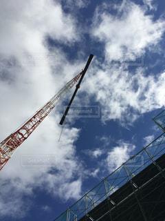橋の上を飛んでクレーン - No.1183612