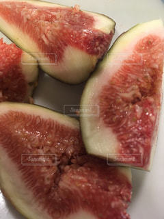 近くに果物のの写真・画像素材[1183593]