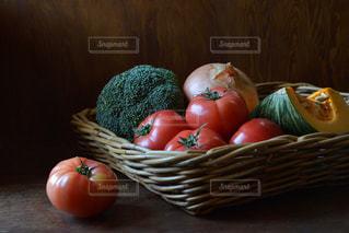 テーブルに野菜の写真・画像素材[1445656]