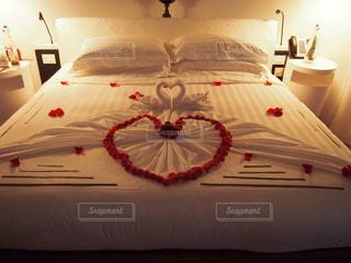 薔薇のベッドメイキングの写真・画像素材[1185726]