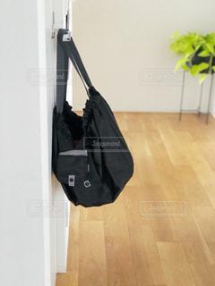 お買い物後のエコバッグの写真・画像素材[2123656]