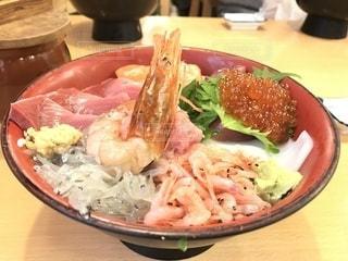 海鮮丼の写真・画像素材[1198096]