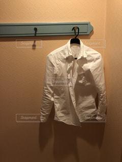 白シャツの写真・画像素材[1192676]