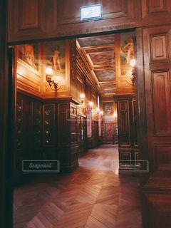 フランスのお城の中の写真・画像素材[1193614]