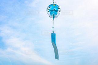 空の青と白凧の写真・画像素材[1275520]