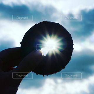 青空のドーナツの写真・画像素材[1194122]