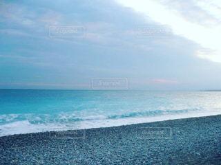 海の横にある水の体 - No.1194222