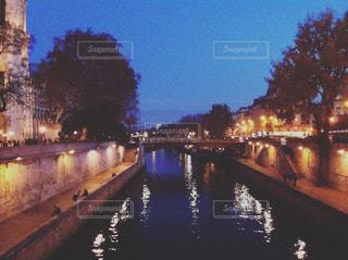 パリの夜の写真・画像素材[1194224]