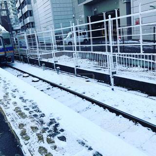 雪に覆われた鉄道の写真・画像素材[1195852]