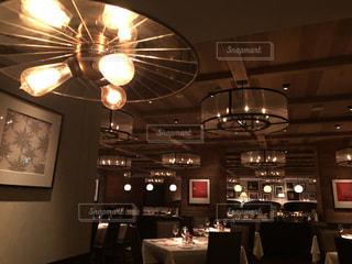 おしゃれなレストランの写真・画像素材[1198827]