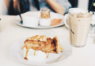 食品とコーヒーのカップのプレート - No.1197630