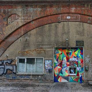 ドイツ_ベルリン_ストリートアート 014の写真・画像素材[1241841]