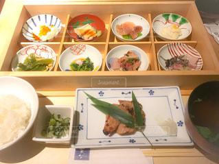小皿料理の和定食の写真・画像素材[1206026]