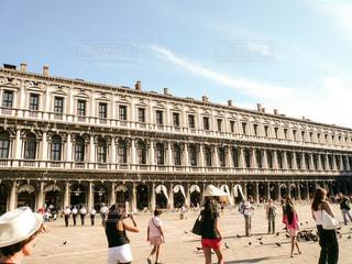 ヴェネツィア サンマルコ広場の様子ですの写真・画像素材[1214900]
