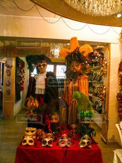 ヴェネツィア カーニバルのマスクのお店の写真・画像素材[1214906]