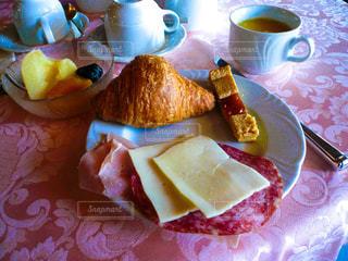 ヴェネツィアのホテルの朝食の写真・画像素材[1218434]