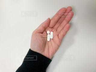 掌の錠剤の写真・画像素材[2835090]