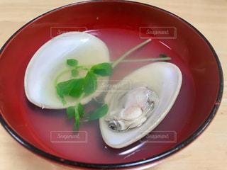 蛤のお吸い物の写真・画像素材[2989368]