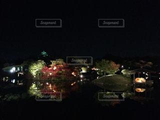 夜の岡山城と後楽園の写真・画像素材[1197687]