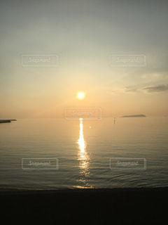 美しい夕日に魅せられての写真・画像素材[1199996]