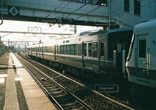 列車が駅に引いての写真・画像素材[1882115]