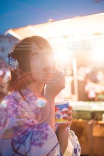 かき氷と彼女の写真・画像素材[1325679]